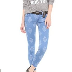 NWT MOTHER The Looker Crop Jeans